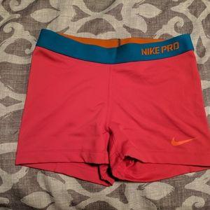 Nike pro shorts pink